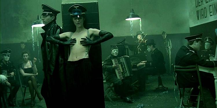 Ночной портье - кадр из фильма