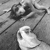 Фотограф Альфред Эйзенштадт - Девочка и рыба