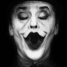 Джек Николсон в образе Джокера. Фотограф Херб Ритц. Альбом «Прославленные»